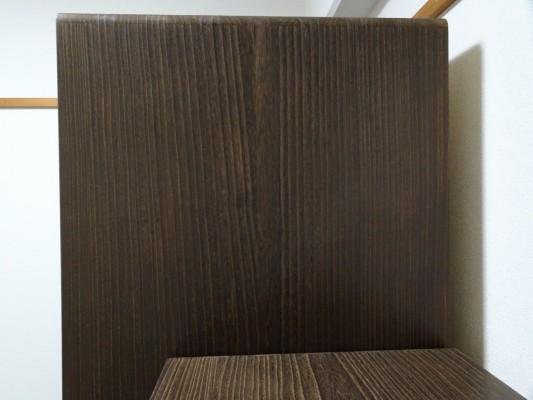 大阪泉州桐たんす 焼桐洋服箪笥の側面