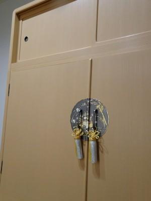 大阪泉州桐箪笥 胴厚一寸天地丸衣装箪笥 7