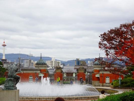 京都国立博物館 の本館からの中庭