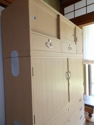初音家具 こだわりの桐箪笥洗い 三つ重ねの桐衣装箪笥 洗い後