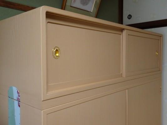 桐の松山製の総桐三つ重ね衣装箪笥の洗い後 上段アップ
