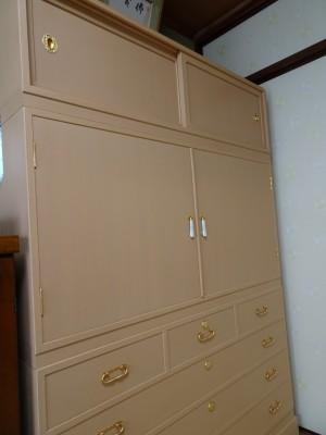 桐の松山製の総桐三つ重ね衣装箪笥の洗い後