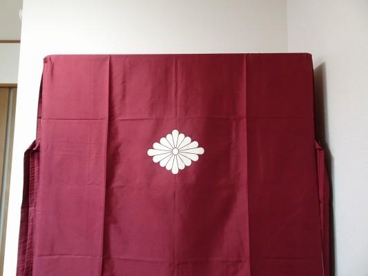 大阪泉州桐箪笥の最高級 総桐胴丸総無垢衣装箪笥の正絹の油単1