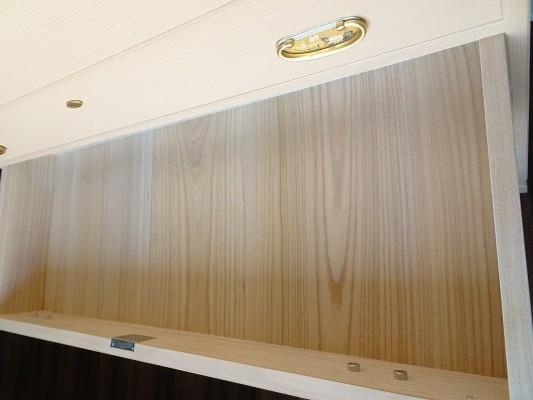大阪泉州桐箪笥 総桐小袖衣装箪笥の良質光沢ある桐材6