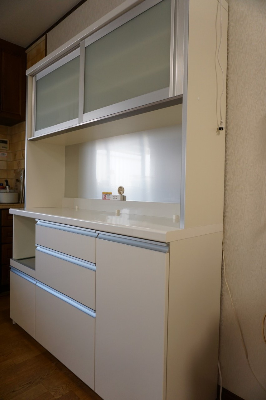 パモウナ食器台