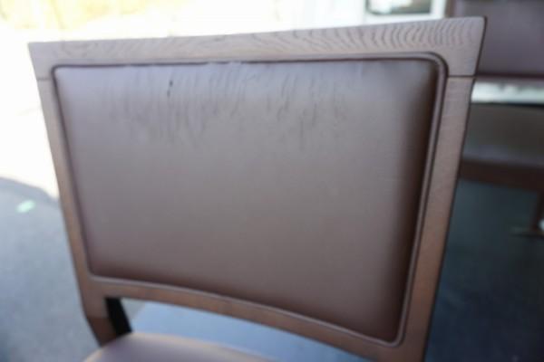 中国製の粗悪な椅子