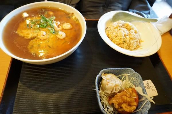 西宮の中華料理店 龍あんの天津麺セット