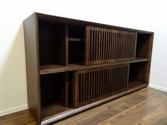 大阪市のS様にカリモク家具のサイドボードQU5077MKをお届けいたしました。
