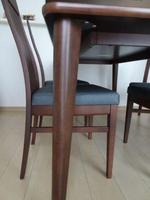 カリモク品番:ダイニングテーブル DA5150NJ、ダイニングチェアー CA4305J552