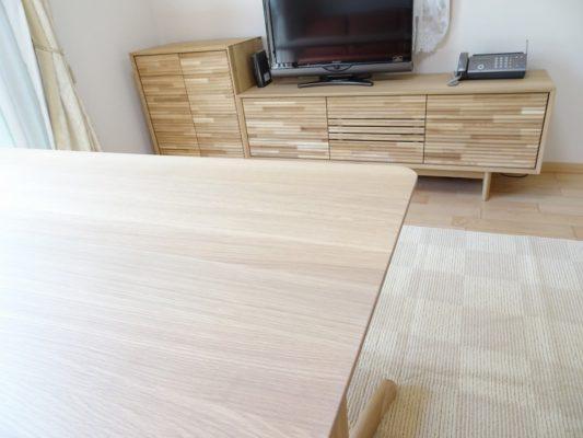 カリモク 品番:テレビボード QT5017ME-J、キャビネット QT2515E000、テーブル DT8811E564
