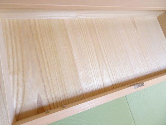 大阪泉州桐箪笥の総桐小袖たんすの美しい桐材