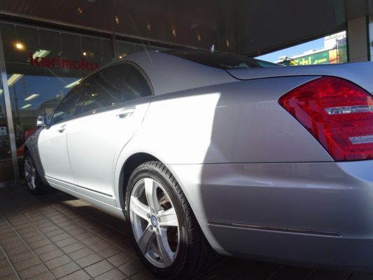 今月のこだわりのお車 メルセデス・ベンツ blueefficiency S400