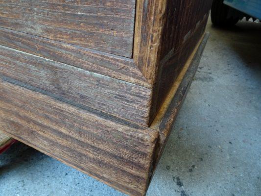 桐たんすの洗い替え前の三つ重ね桐衣装箪笥の写真4