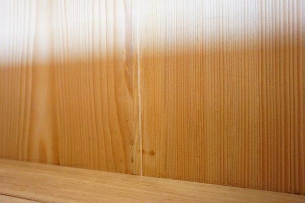 大阪市I様 三つ重ね桐たんす 引出しの底板入れ木修理 洗い前
