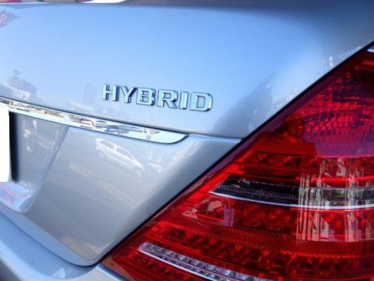 今月のこだわりのお車 メルセデス・ベンツ blueefficiency S400 ハイブリッドマーク