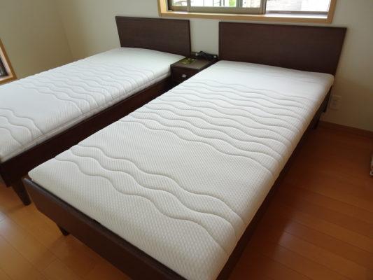 大阪府のM様にカリモク家具のこだわりのベッドをお届けいたしました。
