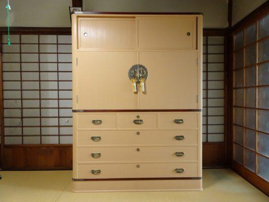 こだわり桐箪笥の社長ブログ わたしどものホームページを良くご覧いただいて嬉しく思います。