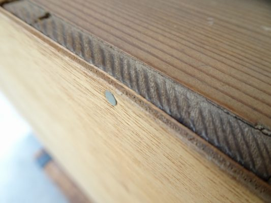 こりゃひどい桐たんすの洗い修理事例 ベニヤ板