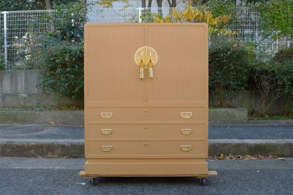 初音の家具 こだわりの桐たんす、小さめの人気の桐たんすの完成の写真と動画です。