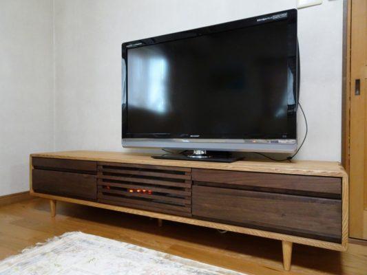 人気のKUWAYA(久和屋)のテレビボードをお届けいたしました。