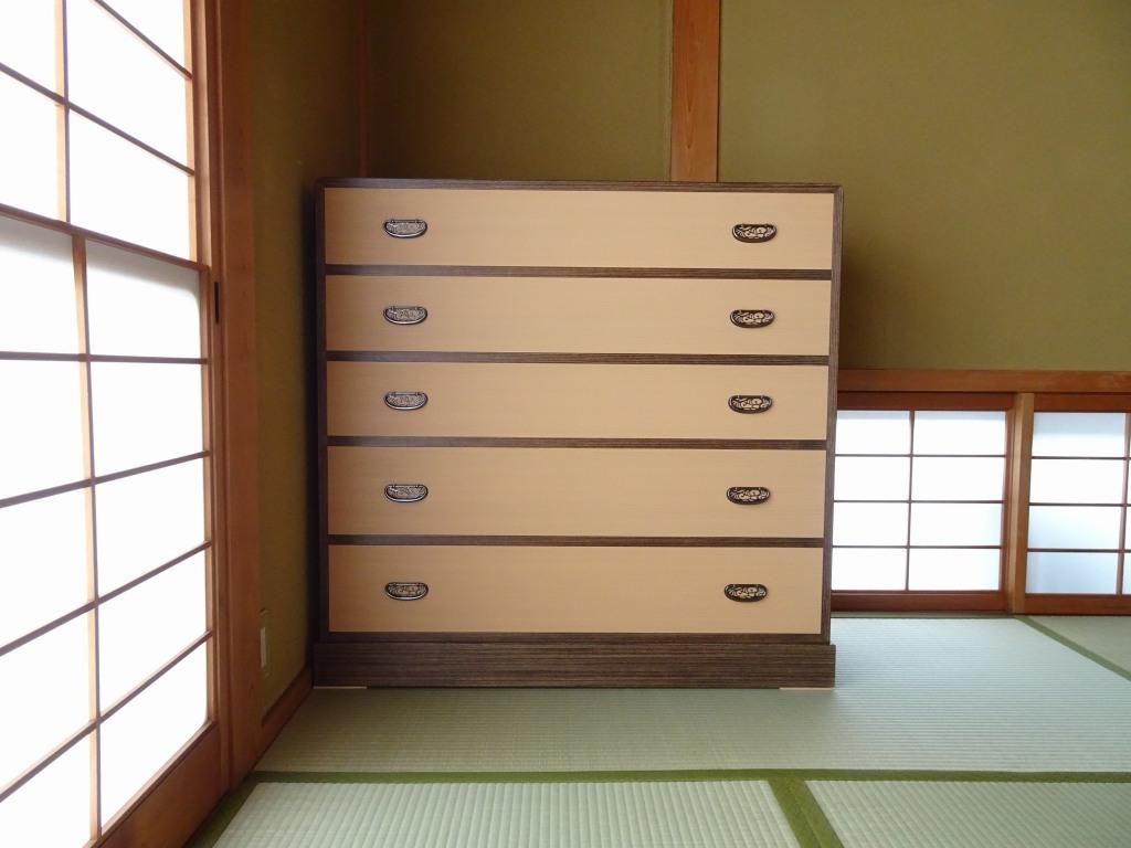 東大阪市のA様に大阪泉州桐箪笥のおしゃれな桐たんすのお届け写真と動画です。