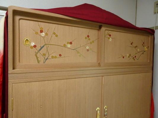 桐たんすの洗い替え納品事例! 松山家具の(桐の松山)蒔絵入りの桐箪笥の洗いの納品事例です。