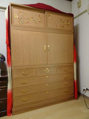 こだわりの桐箪笥の社長ブログ さすがに松山家具(家具の松山)の桐たんすは素晴らしいですね。