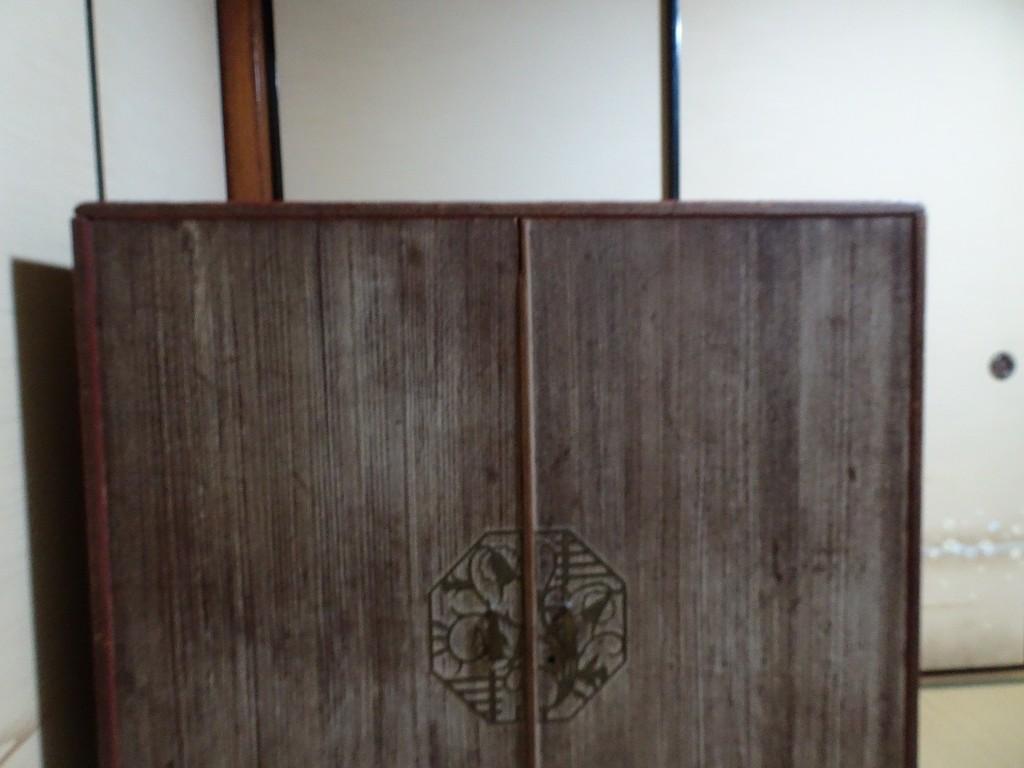 こだわりの桐箪笥の社長ブログ 本当に素晴らしい、昔のいい桐箪笥に出会えました。