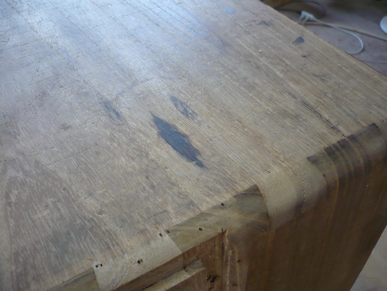 古い桐たんすの天板